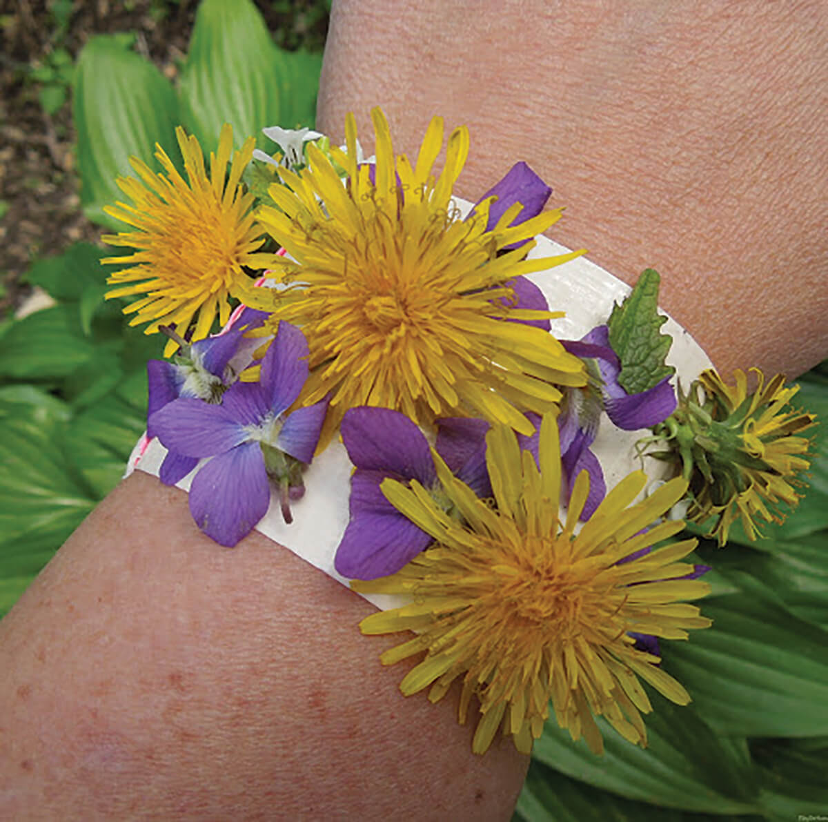 Natur bracelet with flowers on tape