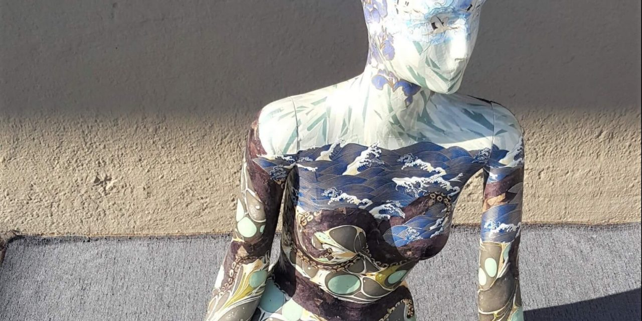 Mannequin Auction