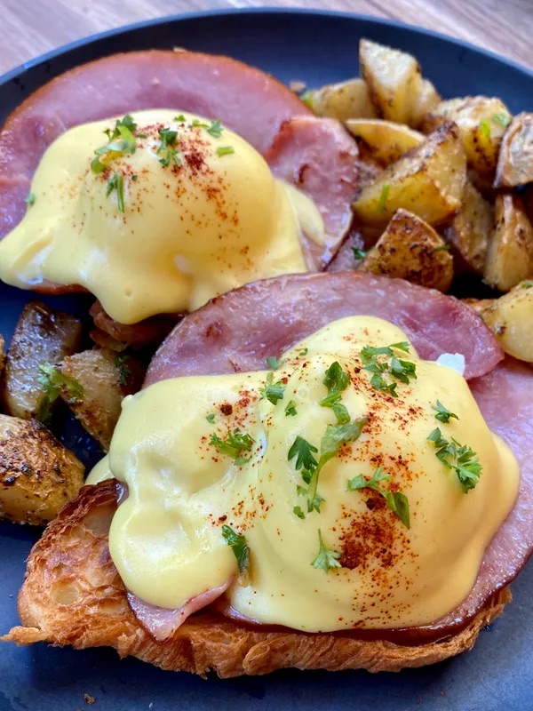 Eggs Benedict from Java Point Cafe