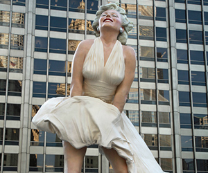 Fashionista: Marilyn Monroe and Old Hollywood Stand Tall In Palm Springs