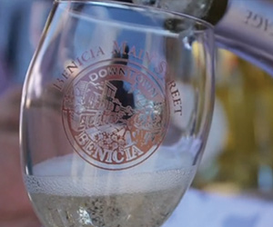 Stroll, Sip And Shop: Fall Wine Walk Returns