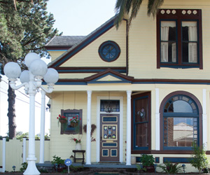 Architectural Styles On Display At The Annual Vintage Home And Garden Tour