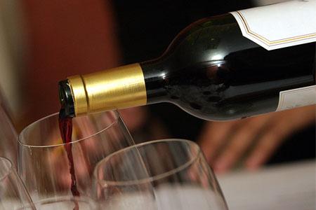 Wine Glass Class: Learning how Stemware Affects Taste