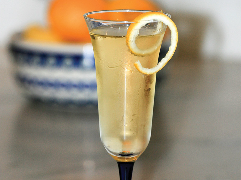 Delicious Champagne Cocktail Recipes For Mom